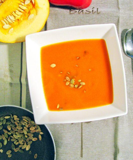 Zupa z dyni i papryki z azjatycką nutą