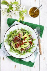 Sałatka z gruszki awokado i rukoli, fotograf kulinarny śląsk
