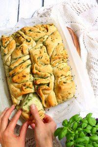 Chlebek ziołowy na mące orkiszowej, fotograf kulinarny śląsk