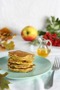 placki z dyni, pancakes z dyni z jabłkiem, dyniowe placuszki
