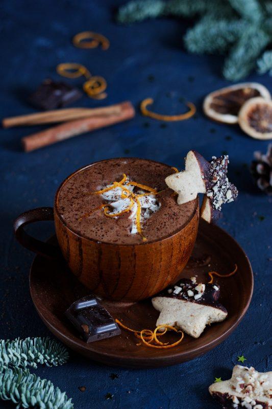 Wegańska gorąca czekolada