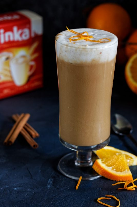 wegańska Kawa Inka z pomarańczą i kokosową pianką