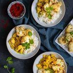 Curry z kurczakiem i pieczonym kalafiorem